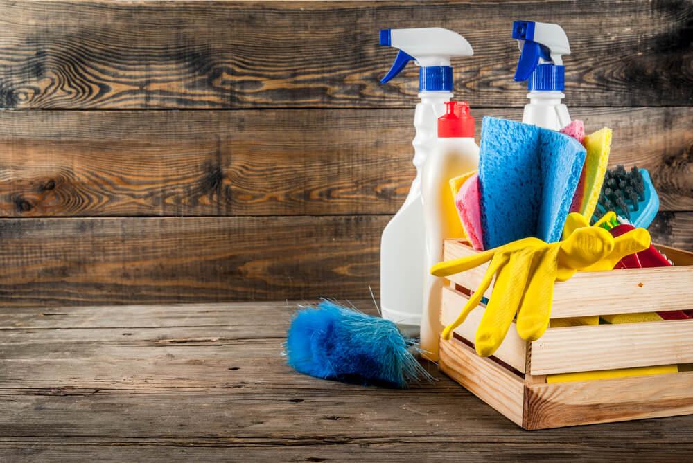 pulizia e manutenzione superfici
